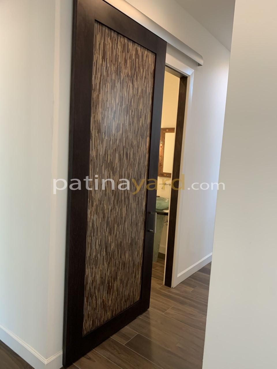 contemporary 3 form panel and solid wood frame